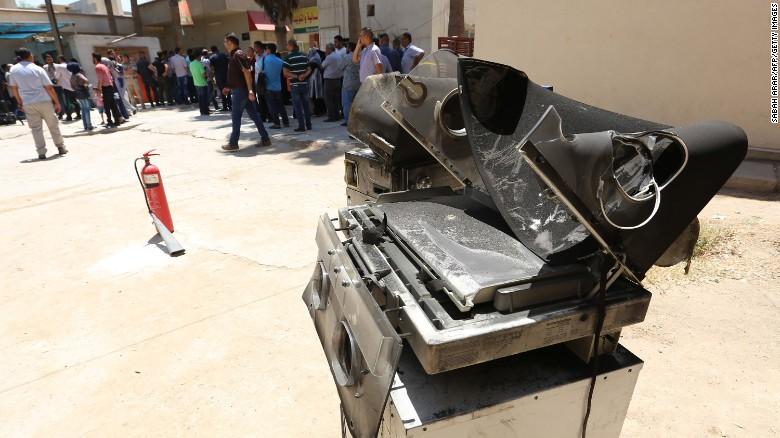 baghdad-yarmuk-hospital-fire