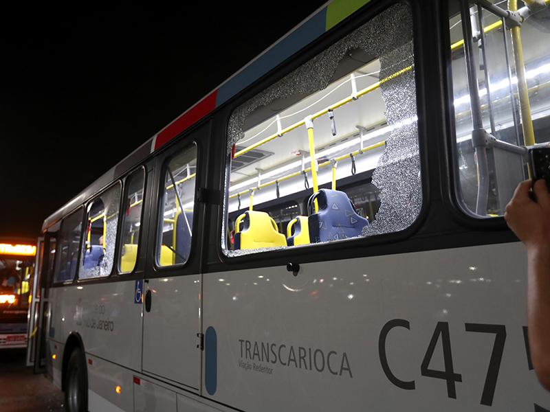 media-bus-800