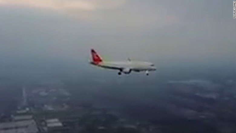 170117042441-china-drone-close-to-plane-exlarge-169